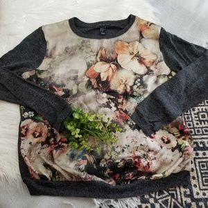 •Forever 21• Floral Gray Sweatshirt